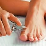 Cómo recortarse adecuadamente las uñas de los pies