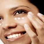 Cómo aplicar correctamente la base de maquillaje