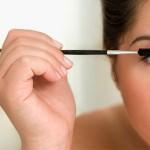 Errores más comunes al maquillarse los ojos