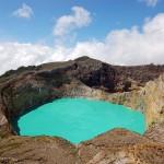 Un vistazo a los lagos de colores de la Isla de Flores