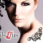 La red de centros Nails 4'Us comercializa 'Joyas de piel', la última moda en adornos corporales, decorados con cristales de Swarovski